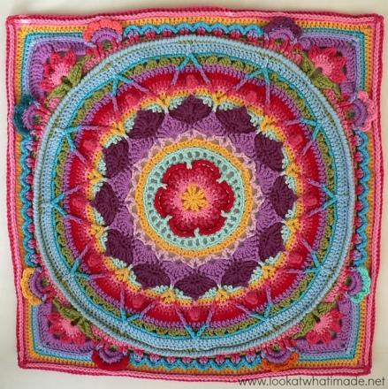 Sophie's Garden crochet pattern by Dedri Uys